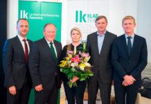 """LK Klartext kompakt: """"Gute Zukunft für Ferkel und Bauer"""" - im Bild v. l. Max Hörmann (Moderation)"""