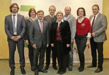 Die wiedergewählte Vorsitzende LKR ÖKR Anna Brandstetter und die Versichertenvertreter des neu konstituierten regionalen Leistungsausschusses für Niederösterreich und Wien.