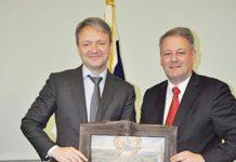 Landwirtschaftsminister Rupprechter (r.) mit seinem russischen Amtskollegen Alexander Tkatschow