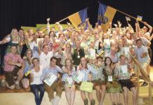 """Niederösterreichs Teilnehmerinnen und Teilnehmer freuten sich über einen Medaillenregen beim LJ-Bundesentscheid """"4er Cup"""" und """"Reden""""."""