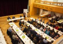 Eu-Abgeordnete Elisabeth Köstinger kritisierte die steigenden Margen der Lebensmittelkonzerne und die immer mehr sinkenden Preise für die bäuerlichen Erzeuger ebenso wie die zunehmende Agrarbürokratie.