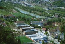 Luftbild der neuen HBLFA Tirol in Rotholz