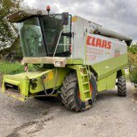 Mähdrescher CLAAS Lexion 405